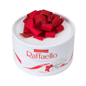 Коробка конфет «Рафаэлло»