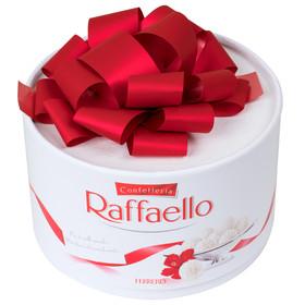 Большая коробка «Рафаэлло»