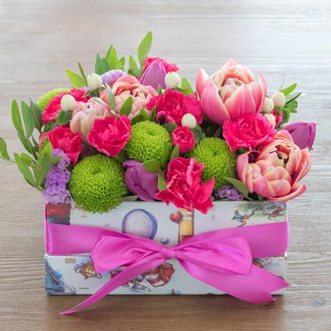 Коробка с цветами на заказ