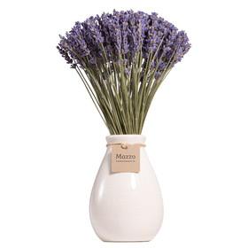 Французская лаванда в белой вазе